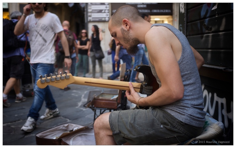 valerio papa guitar 4