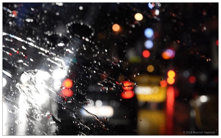 taxi-in-the-rain-1